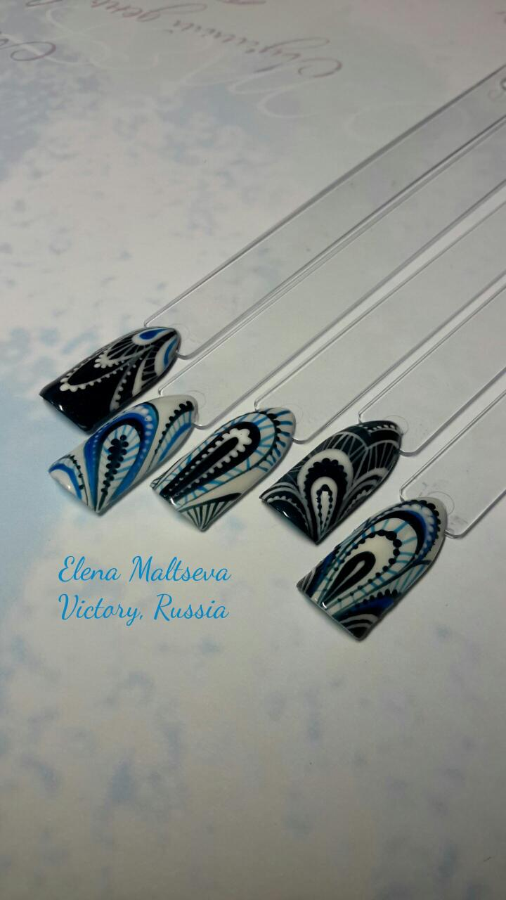Laces, monograms15